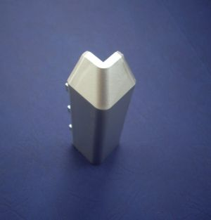Външен ъгъл за алуминиев перваз